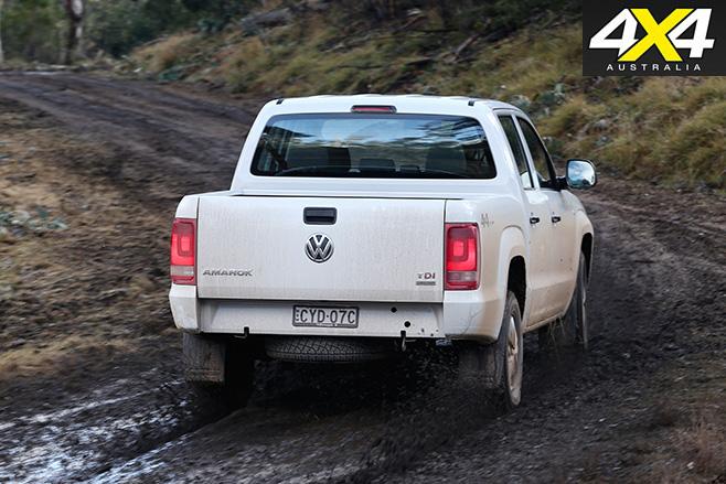 Volkswagen -amarok -rear