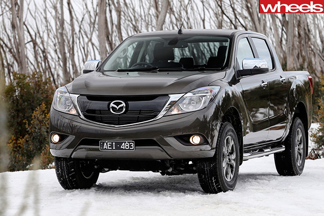 Mazda -BT-50-In -Snow