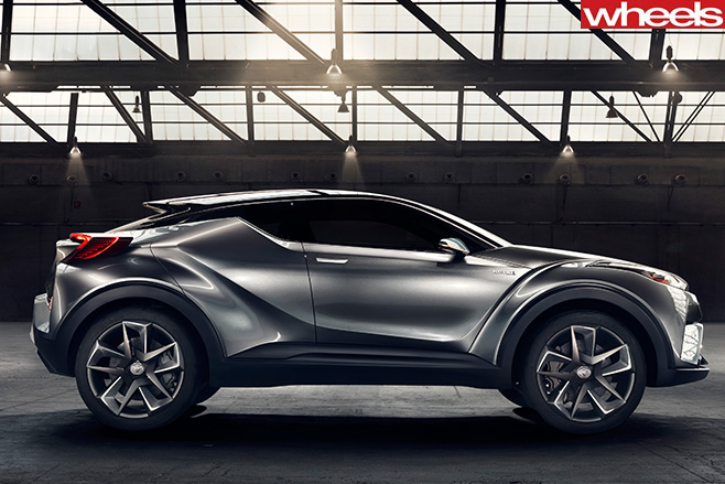 Toyota -CH-R-Concept -side-