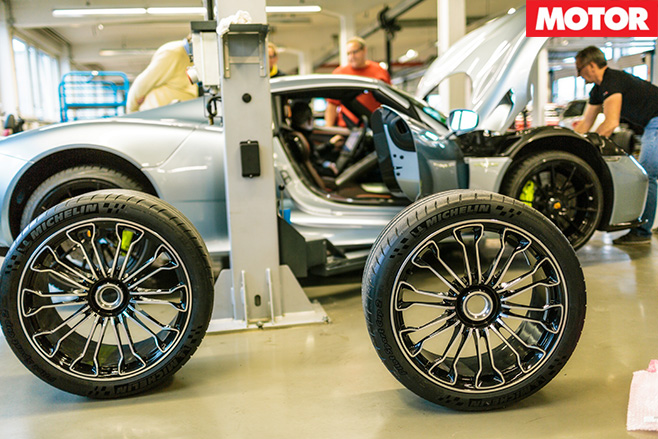 Porsche 918 spyder 16