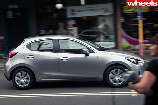 Mazda -2-side