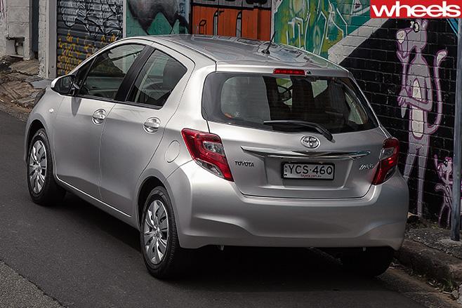Toyota -yaris -rear
