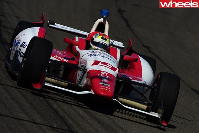 F1-race -Justin -Wilson-