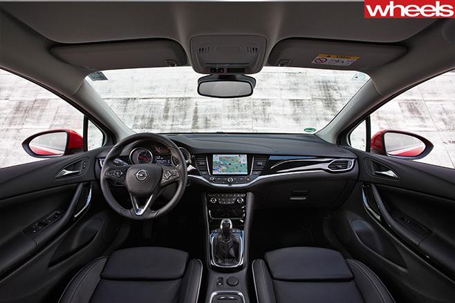Opel -astra -interior -cabin