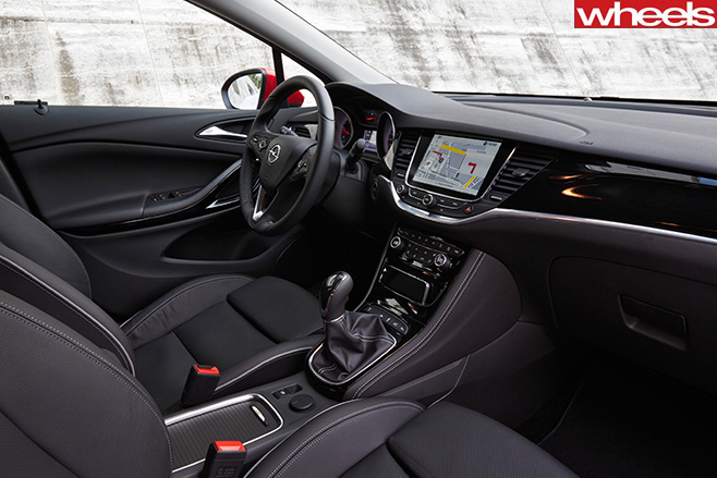 Opel -astra -interior