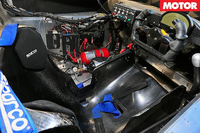 RMR Hyundai Genesis PM580T interior