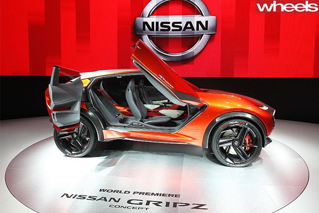 Nissan -Gripz -side -interior -Frankfurt