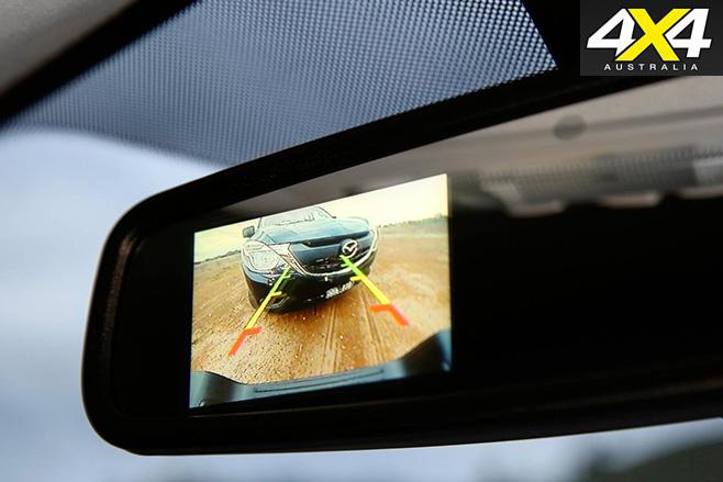 Mazda -bt -50-2016-mirror