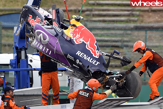 Kyvat -Red -Bull -Crash -at -Suzuka