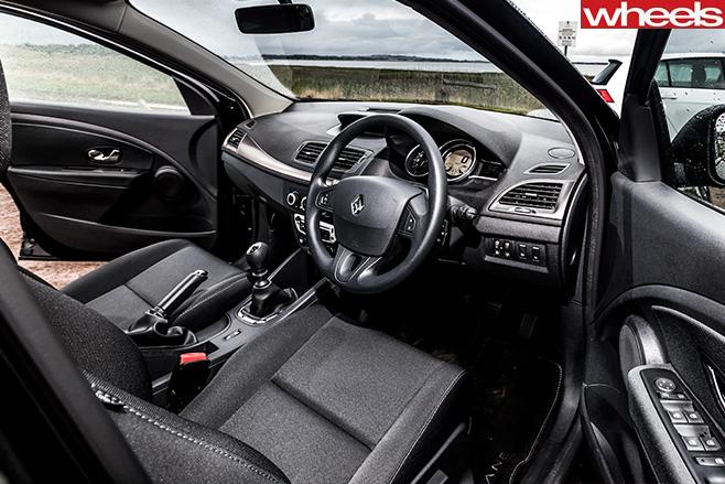 Renault -Megane -TCe 120-Interior