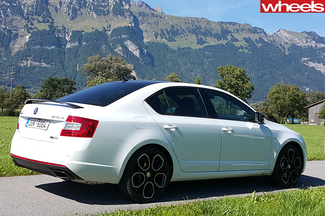 2016 Skoda Octavia Rs 230 Review