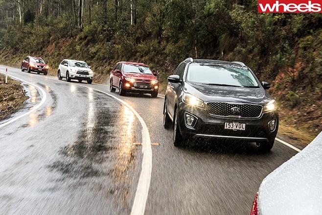 Ford -Territory -v -Hyundai -Santa -Fe -v -Kia -Sorento -v -Nissan -Pathfinder -v -Toyota -Kluger -driving