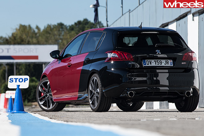 Peugeot -308-Gti -rear -at -track