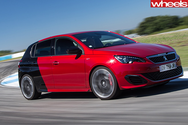 Peugeot -308-Gti -side -around -track