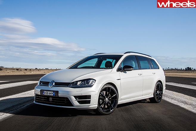 VW Golf R Wolfsburg Review