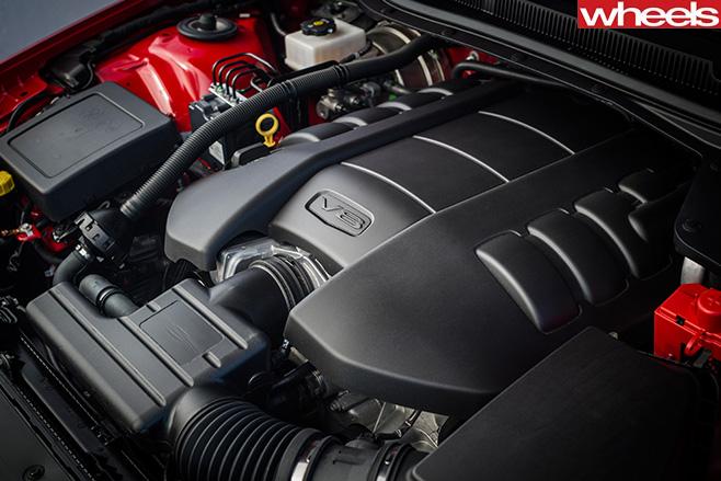 Holden -Commodore -SS-V-Redline -engine
