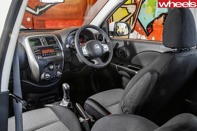 Nissan -Micra -interior
