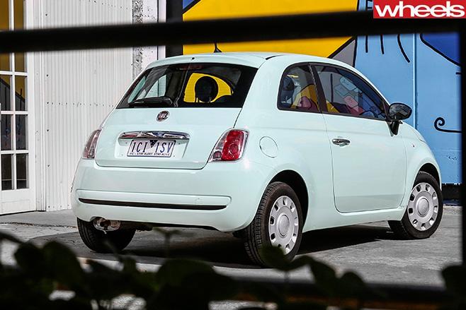 Fiat -500-rear
