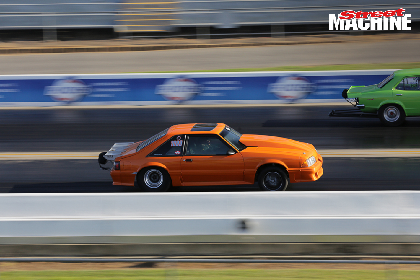 Ford Mustang Drag Race 3200 Nw