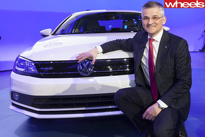 Volkswagen -US-CEO-Michael -Horn -with -Volkswagen -Hybrid