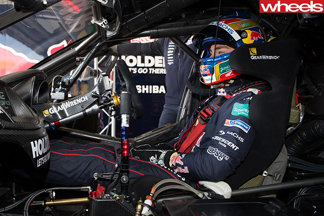 Lowndes -inside -Bathurst -1000-car