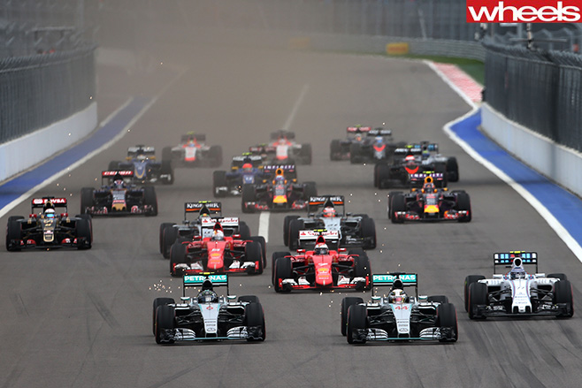 Russian -GP-race -Mercedes -lead -F1