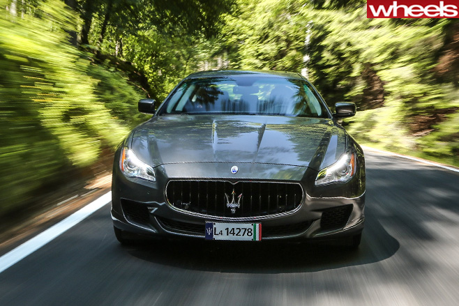 Maserati -quattroporte -330bhp -driving -head -on