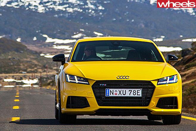 Audi -TTS-front -driving -front