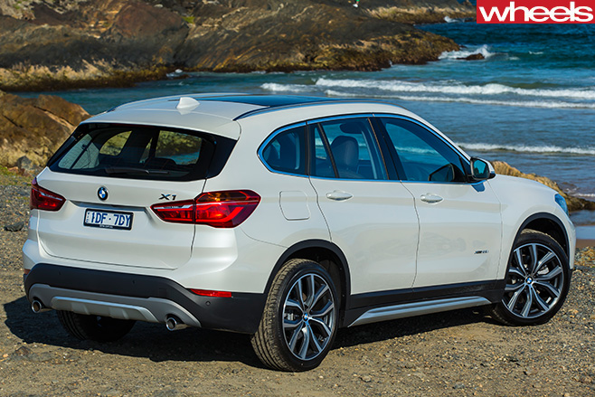 BMW-X1-Rear -at -beach