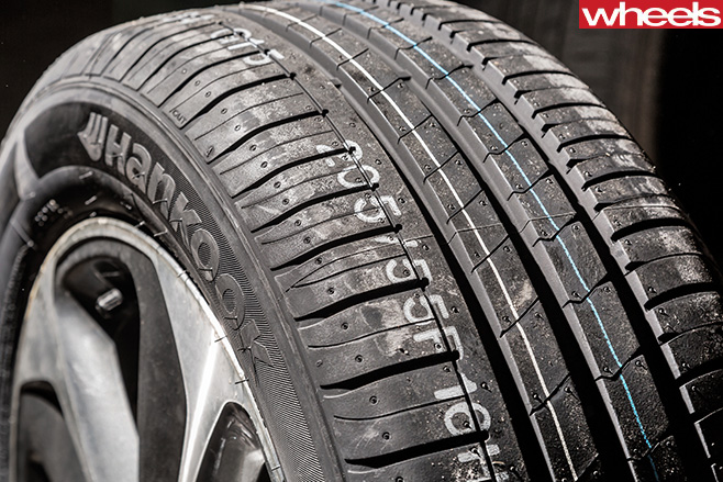 Hancook -control -tyre -used -in -Wheels -Tyre -Test