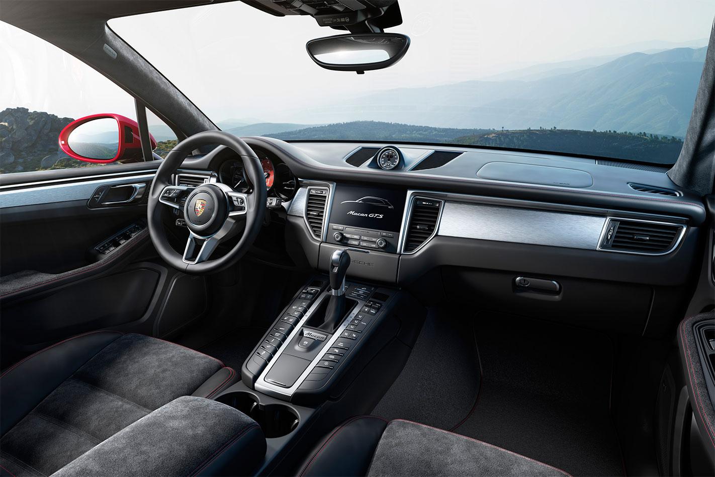Porsche -Macan -GTS-interior
