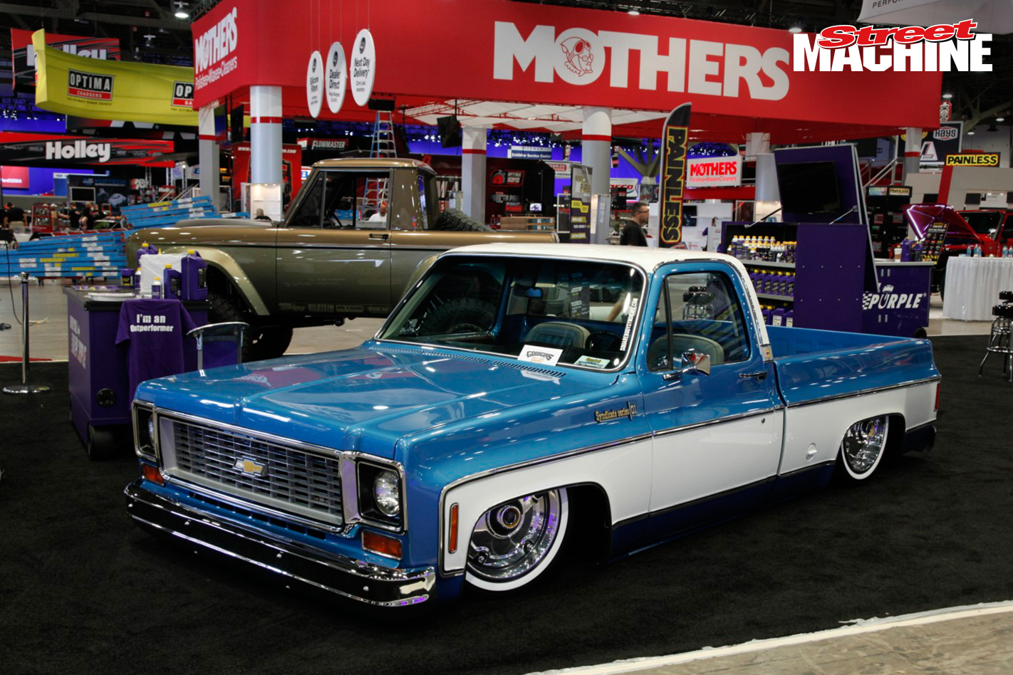SEMA 2015 Slammed Chev Pick Up