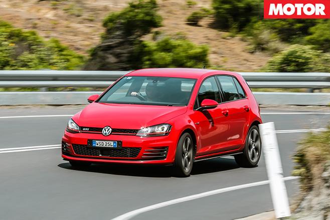 Volkswagen golf gti turning