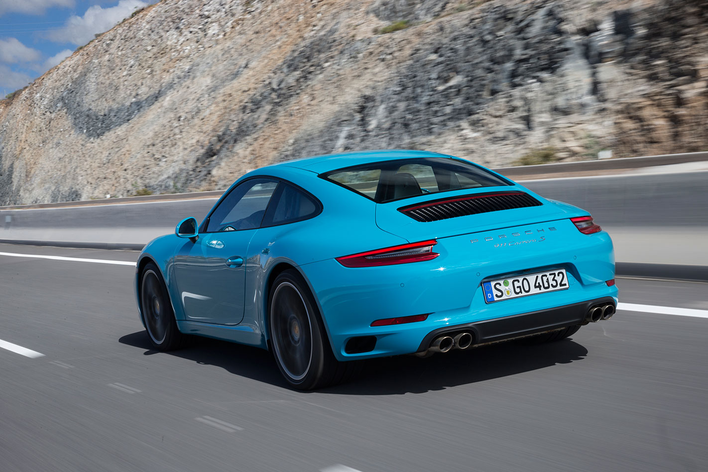 Porsche -991.2-911-Carrera -S-rear