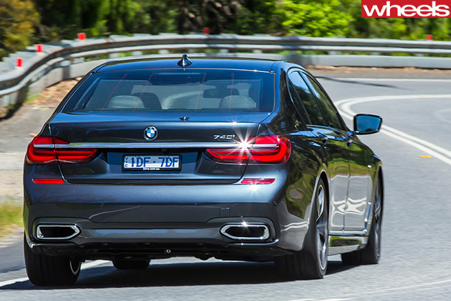 Bmw -7-Series -driving -rear -driving