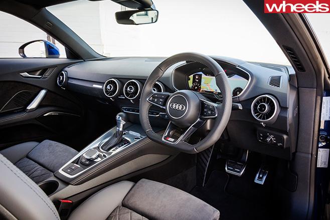 Audi -TT--interior
