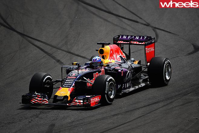 Daniel -Ricciardo -Red -Bull -driving -in -Sao -Paulo -Brazil -F1