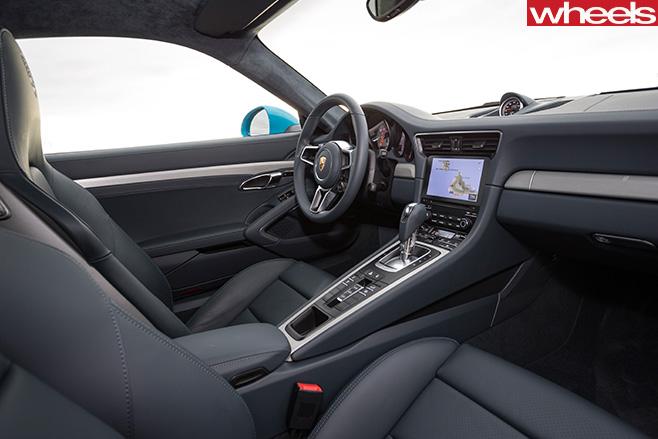 Porsche -911-Carerra -steering -wheel -interior
