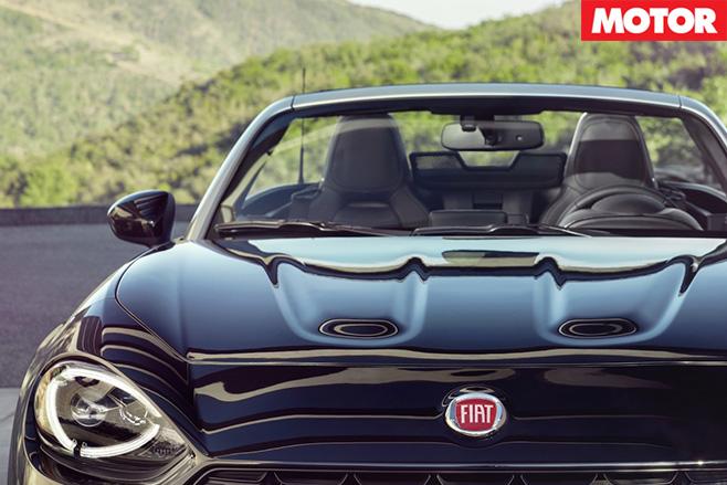 Fiat 124 Spider front