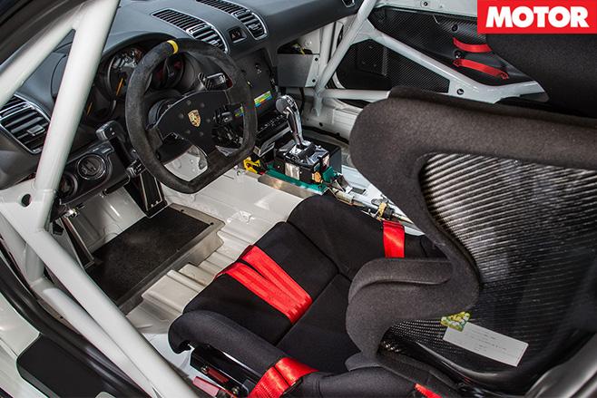 Porsche gt4 clubsport interior