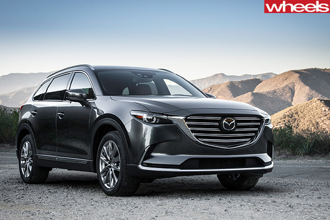 Mazda -CX-9-in -front -of -mountain