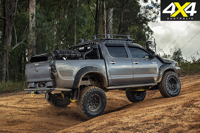 Custom toyota hilux sr5 rear
