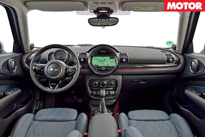 Mini Cooper S Clubman interior