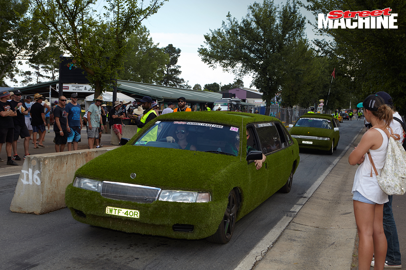 VN Commodore Grass Car Summernats