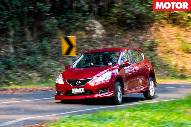 Nissan pulsar sss turning