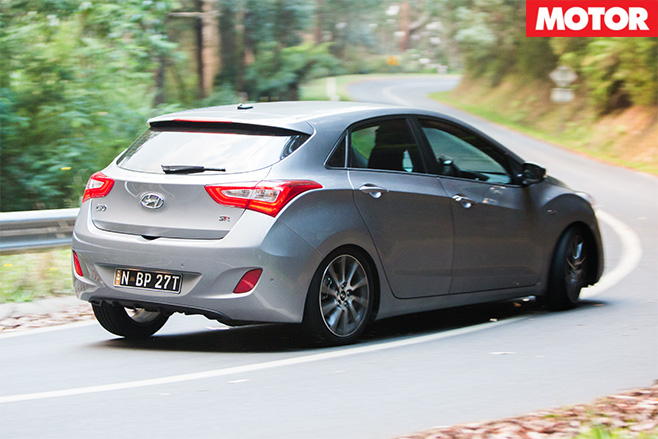 Hyundai i30 turning