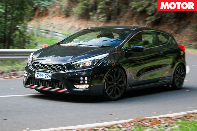 Kia proceed GT side
