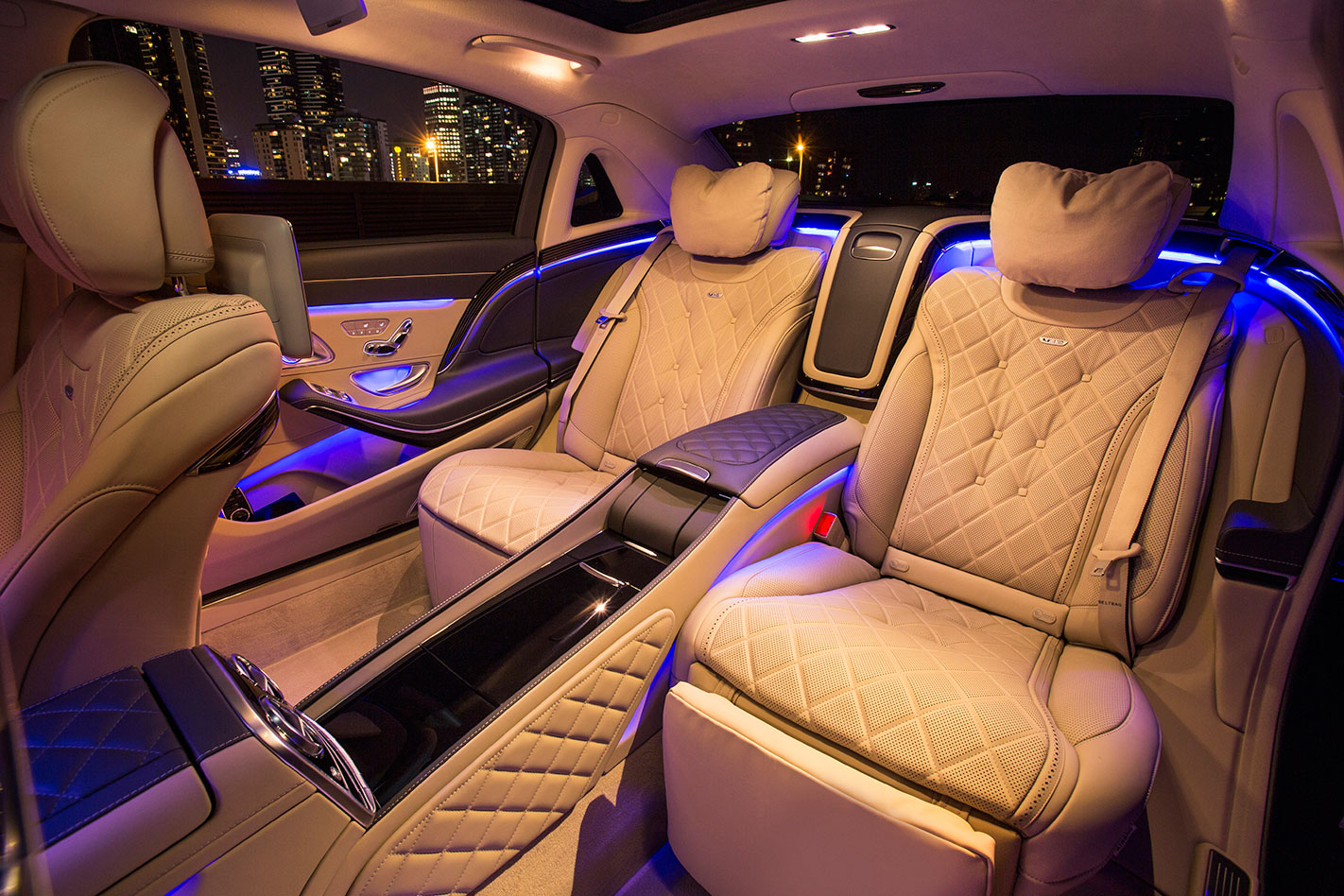 Mercedes -Maybach -S600-rear -interior