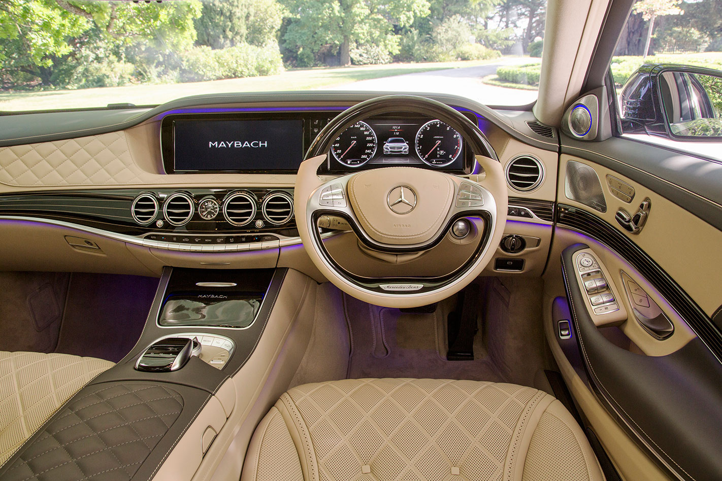 Mercedes -Maybach -S600-interior