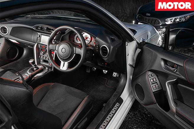 86-GTS-interior